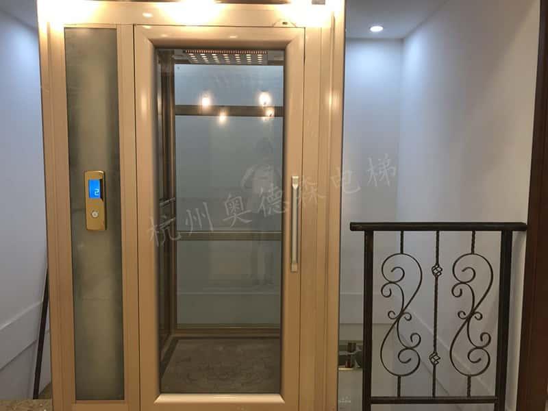 龙门式电梯 OTLM3000