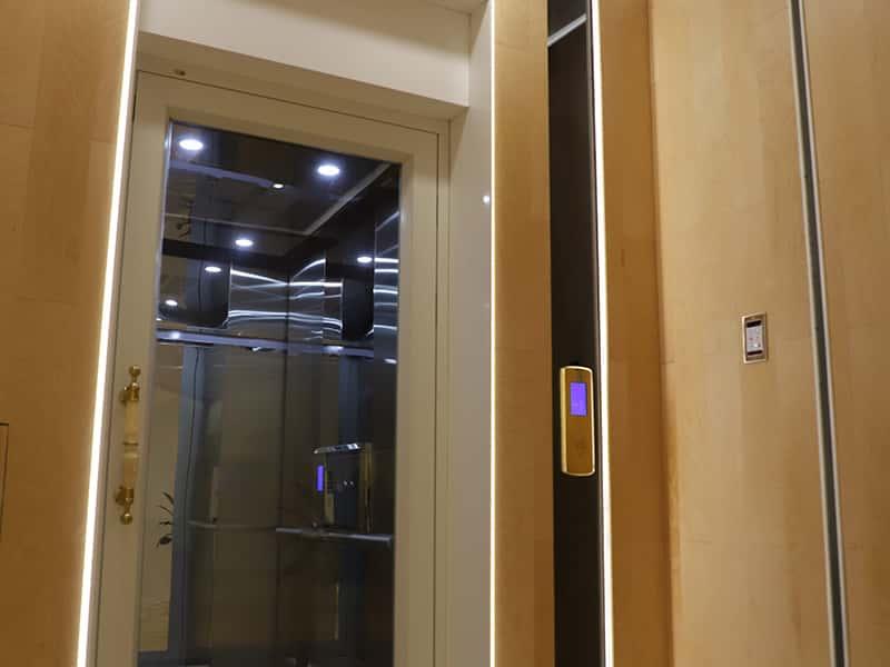 螺杆电梯 OTL2000